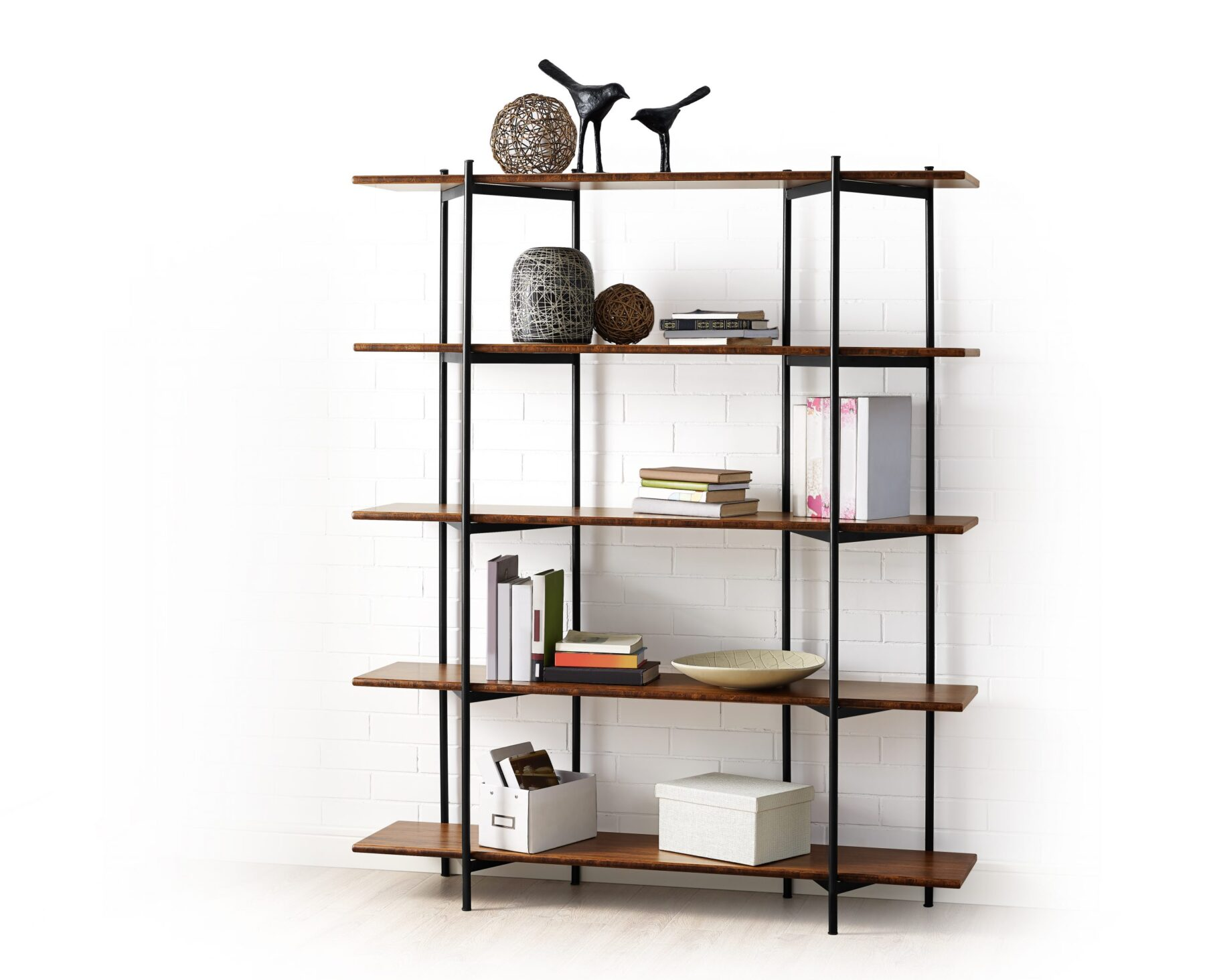 GS001E Studio Line Shelf Lifestyle Silo