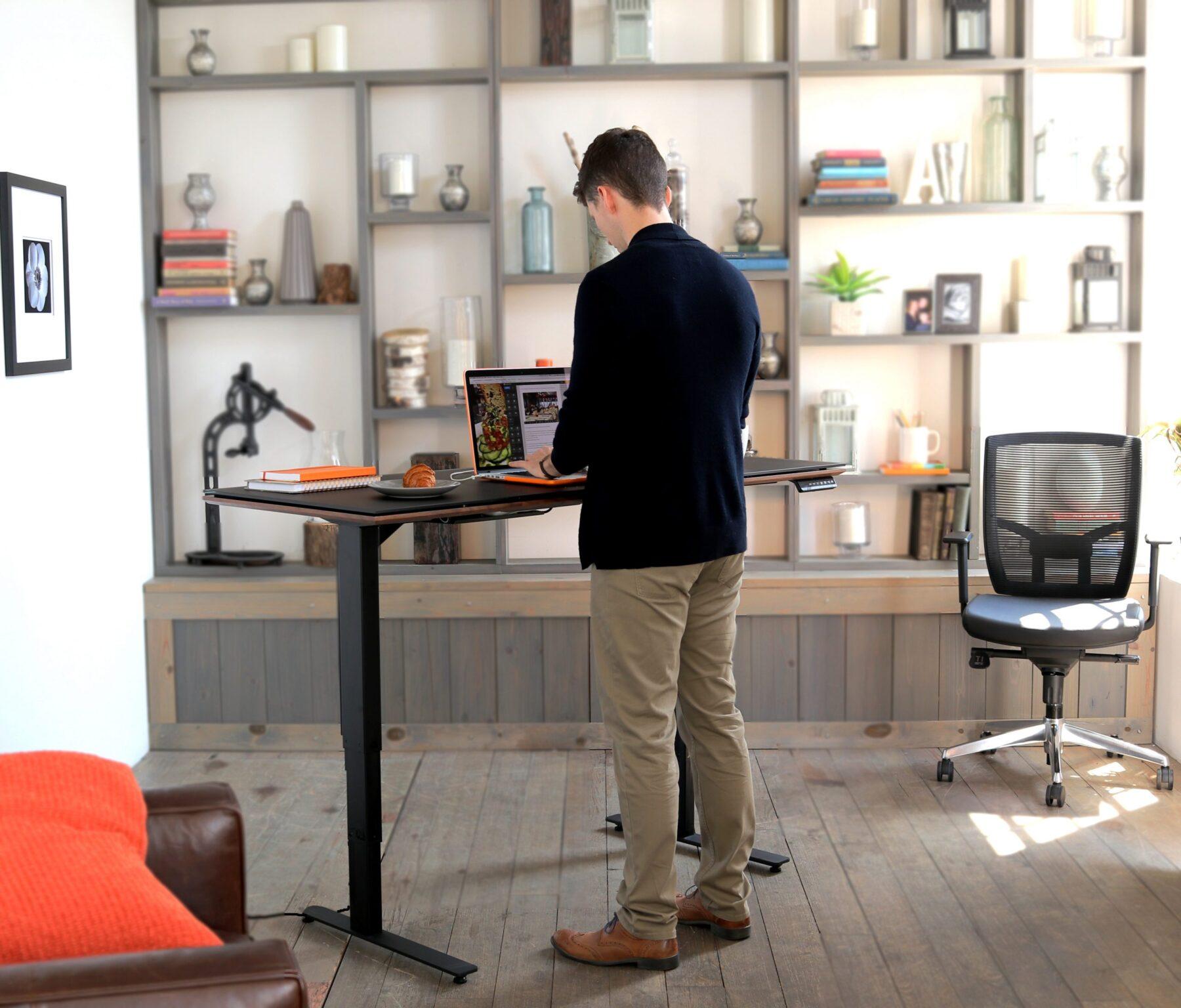 sequel-lift-desk-6151-modern-standing-desk-4