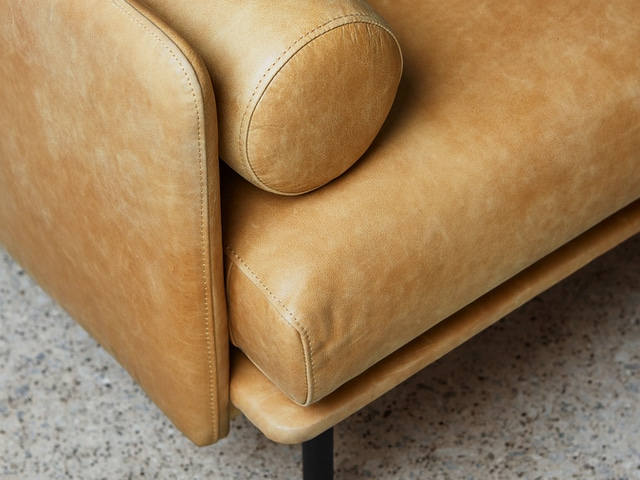 Foundry Sofa – Canyon Whiskey Leather – L02