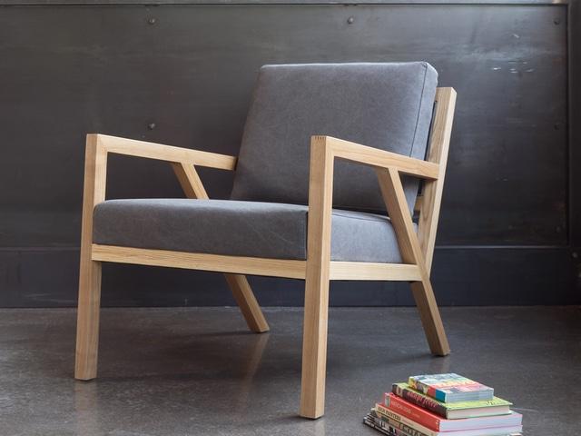 Truss Chair – Vintage Smoke & Natural Ash – L01