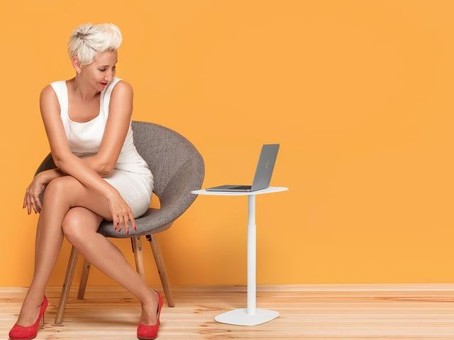 serif-lift-laptop-table-1045-salt-BDI-height-adjustable-side-table